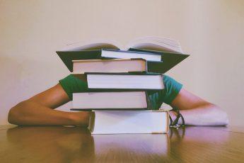 poupar sendo estudante
